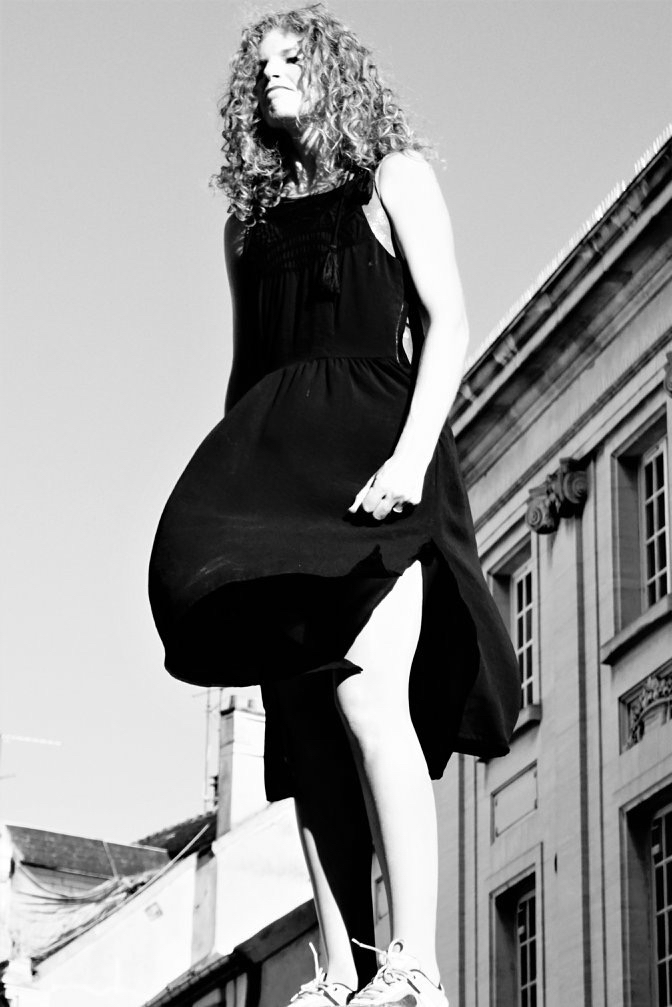 charlotte-marquardt-comdienne-chanteuse-nageuses-sur-bitumeIMG_2810